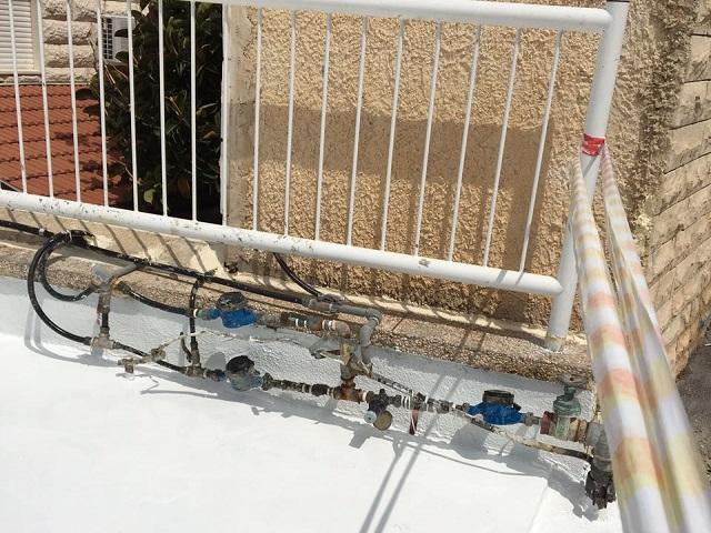 החלפת חנוכיית מים בבנין + מקטיני לחץ